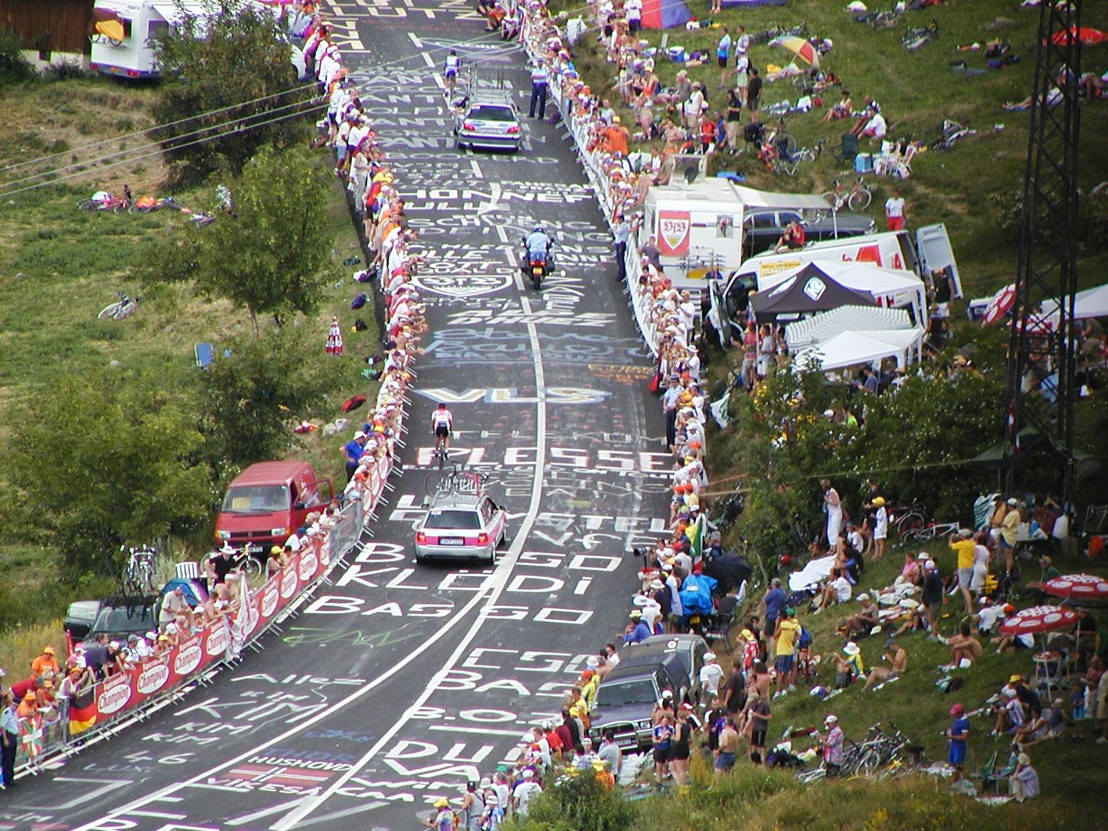 What it's like to bike up Alpe d' Huez, Pee Oui tells all ...